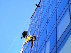 Ремонт стеклянных фасадов