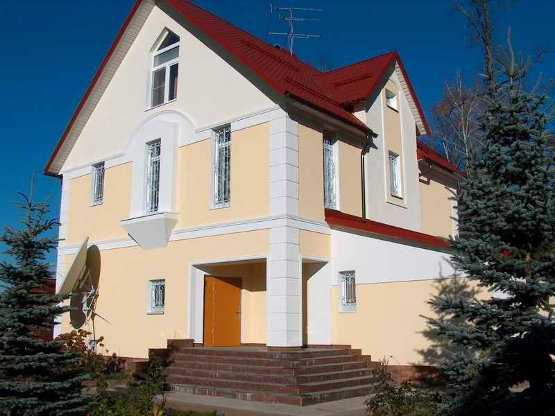фасад коттеджа покраска в 3 цвета