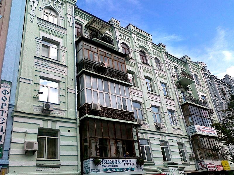 ремонт фасада многоэтажного дома